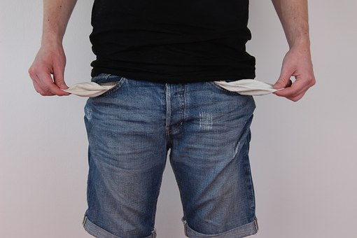 how university students can earn money kenya